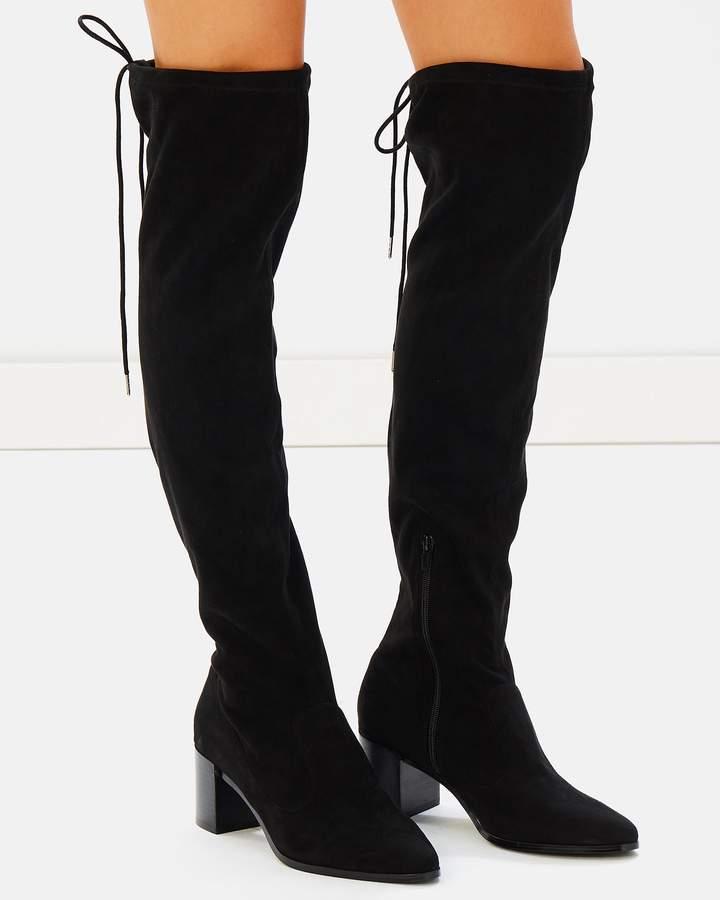 ICONIC EXCLUSIVE - Bobbie Block Heel Boots