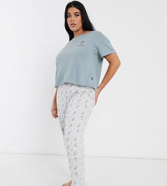 New Look Plus Curve caffeine queen pyjama set in blue pattern