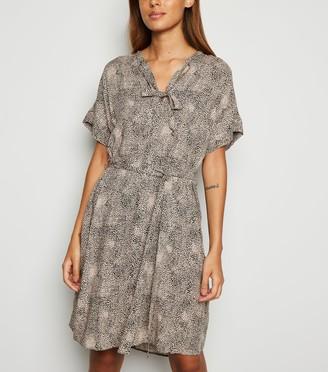 New Look Leopard Print Tie Neck Tunic Dress