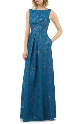 Kay Unger McKenna Pleat Lace Gown