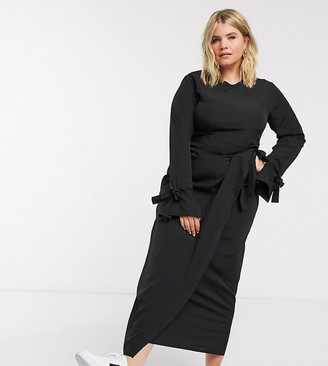 Verona Curve long sleeved maxi wrap dress