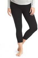 Gap Pure Body low-rise capri leggings