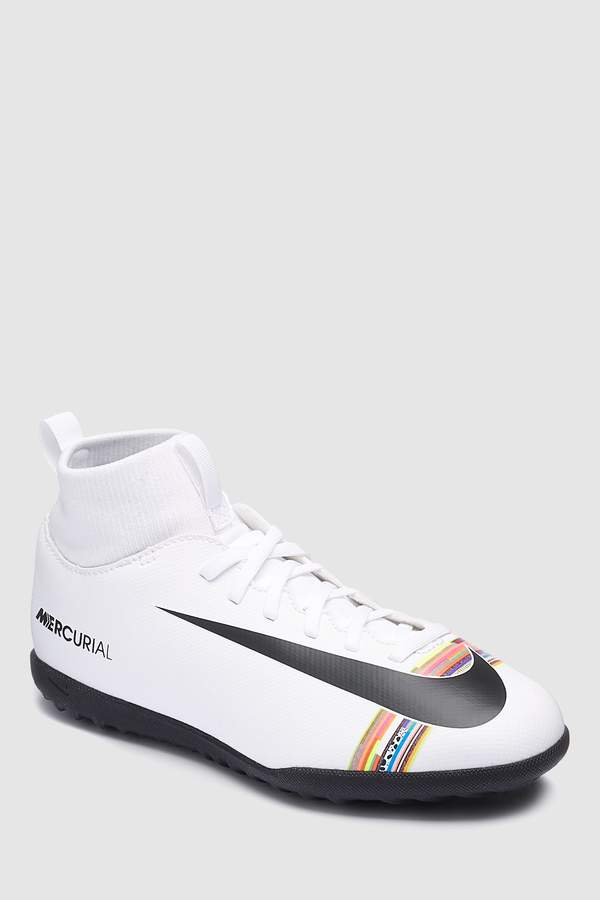 b853e026806 Nike Junior Football Boots - ShopStyle UK