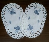Doily Boutique Set of 2 Placemats Embroidered with Blue Seashells on Bleached Fabric