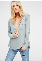 We The Free Womens WTF CITY LIGHTS HENLEY