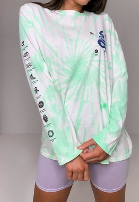 Missguided Green Tie Dye Snake Graphic T Shirt
