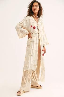 Momo Amelia Crochet Fringe Kimono