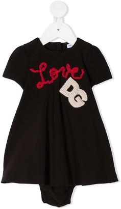 Dolce & Gabbana Kids Love logo patch dress