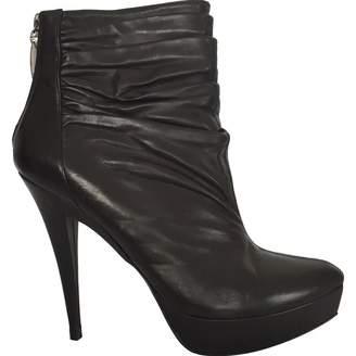 Pura Lopez Black Leather Ankle boots