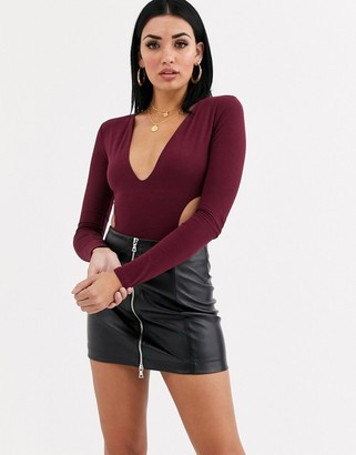 Tiger Mist plunge front body in berry
