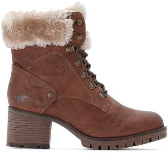 Mustang Hiking Ankle Boots with Heel and Faux Fur Lining