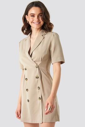 NA-KD Short Sleeve Blazer Dress Beige