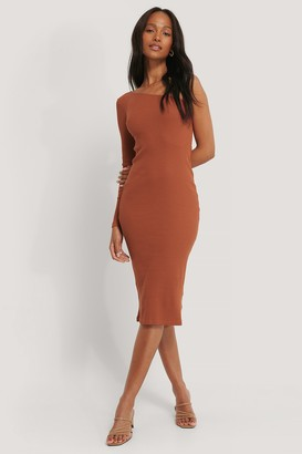 NA-KD One Shoulder Ribbed Midi Dress