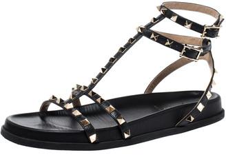 Valentino Black Leather Rockstud Ankle Strap Gladiator Flat Sandals Size 39.5