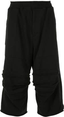 Julius 3/4 length jogging shorts