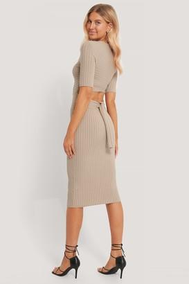 Chloé B X NA-KD Tie Back Midi Dress