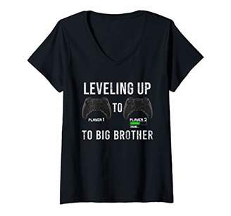 Womens Leveling Up To Big Brother Pregnancy Announcement Gamer Gift V-Neck T-Shirt