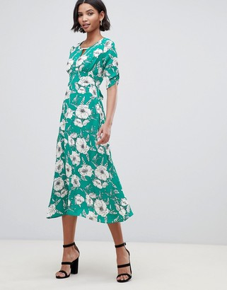 Liquorish a-line midi dress with keyhole and in floral print-Green