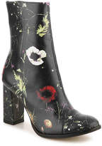 Matisse Women's Graffiti Bootie -Black/Multicolor Floral