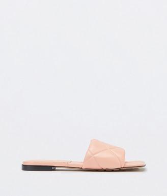 Bottega Veneta Rubber Lido Flat Sandals
