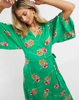 Liquorish Liqourish wrap midi dress in green floral print