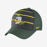 Nike College Classic Swoosh Flex (Oregon) Fitted Hat