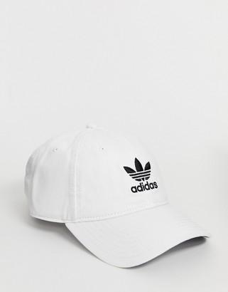 adidas cap in white