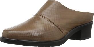 Walking Cradles Women's Caden Clog sage Leather 6.5 XW US