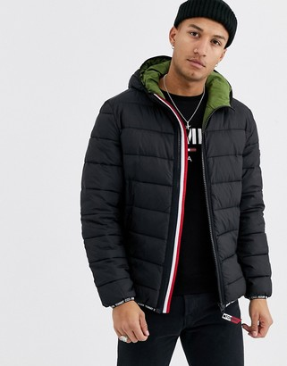 Tommy Jeans essential hooded puffer jacket in black