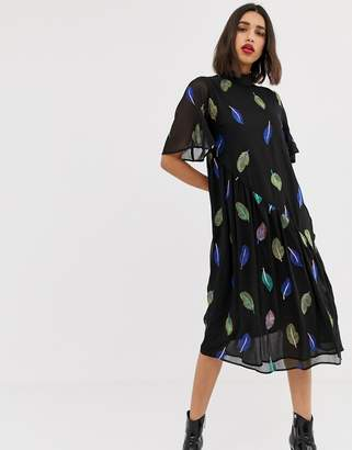 Lost Ink maxi tea dress with high neck with embroidered feather detail-Black