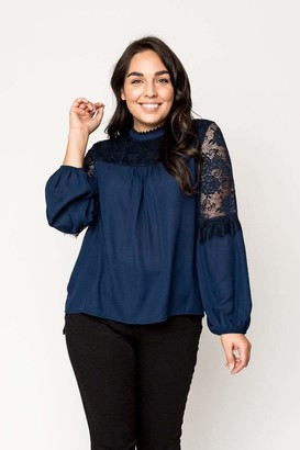 Gibson Cyndi Spivey Lace Mix Blouson Sleeve Top