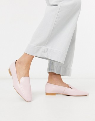 Depp soft leather flat shoe in pink