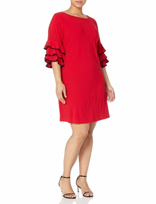 Gabby Skye Women's Plus Size 3/4 Tiered Sleeve Round Neck Crepe Shift Dress