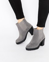 London Rebel Chunky Heeled Chelsea Boots