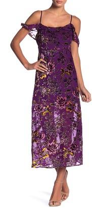 Honey Punch Cold Shoulder Floral Print Dress