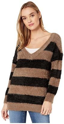BB Dakota Fuzzy Games Striped Eyelash V-Neck Tunic Sweater (Dusty Taupe) Women's Sweater