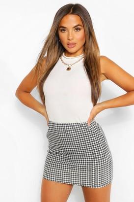 boohoo Petite Dogtooth Mini Skirt