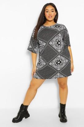 boohoo Plus Oversized Bandana Print T-Shirt Dress