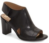 Naturalizer Women's 'Zahn' Sandal