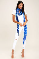 LuLu*s Lakeside Drive Blue and White Tie-Dye Scarf