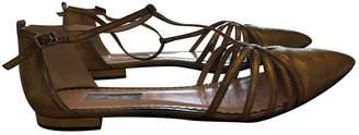 Sarah Jessica Parker Gold Leather Sandals