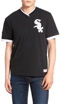 Mitchell & Ness Men's Chicago White Sox - Vintage V-Neck T-Shirt