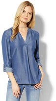 New York & Co. Soho Soft Shirt - Ultra-Soft Chambray - Dark Blue Wash