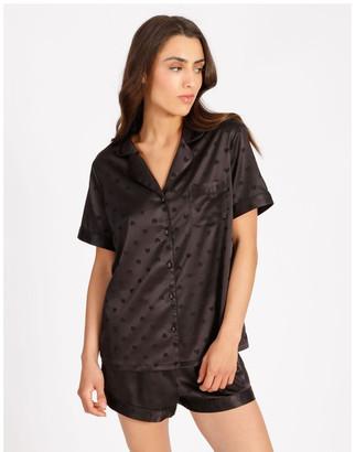 Chloe & Lola Satin Jacquard Short-Sleeve Pyjama Set