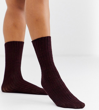 Jonathan Aston Exclusive knitted rib sock in burgundy-Red