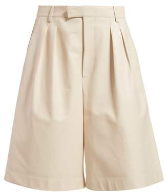 Bottega Veneta Mid-rise Leather Bermuda Shorts - Womens - Ivory