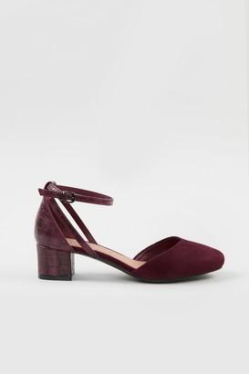Wallis **WIDE FIT Berry Low Block Heel Shoe