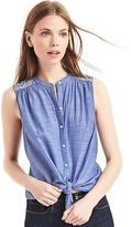 Diamond embroidery sleeveless shirt