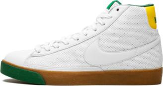 Nike Womens Blazer Mid 73 Shoes - Size 13W