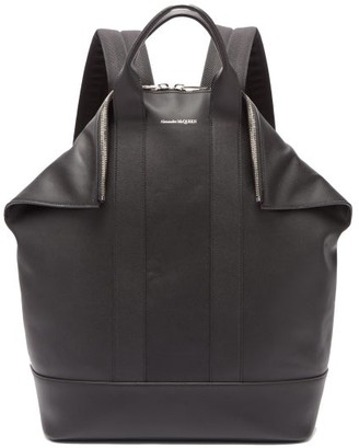 Alexander McQueen De Manta Leather Backpack - Mens - Black